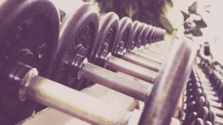 fitness 594143 1280 320x180 - スポーツジムでダイエット